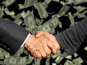 How do fx brokers make money?